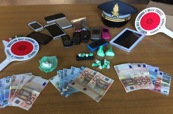 La Finanza di Novi Ligure sequestra cocaina e arresta due nordafricani