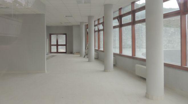 Un'altra visuale della sala d'aspetto