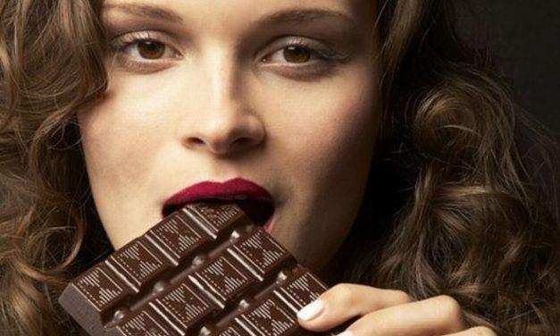 A Imperia c'è la Festa del Cioccolato in via Cascione per tutto il week end