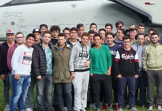 Gli studenti del Marconi di Tortona in visita alla base militare di Brescia