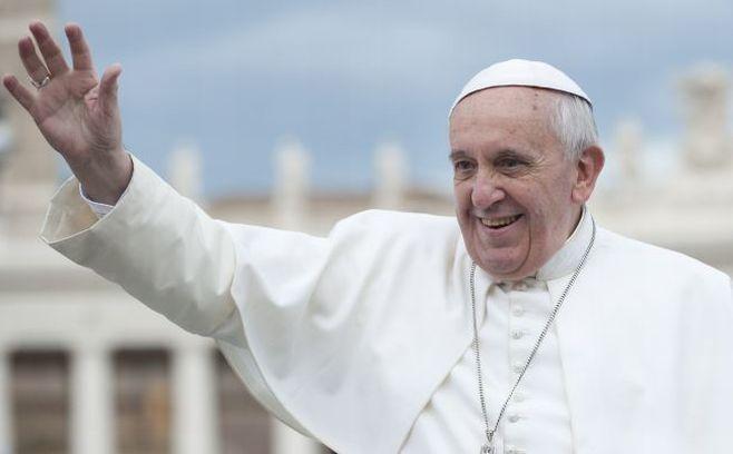 Il Papa a Genova: speriamo parli dei poveri liguri e dei giovani disoccupati, agli immigrati ci pensa già Renzi