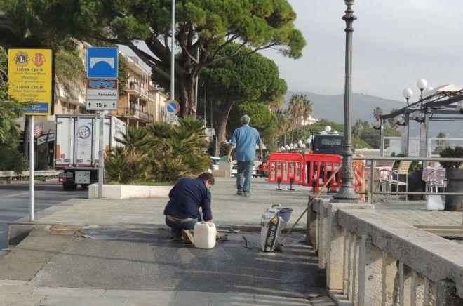 Il Comune di Diano Marina ha aggiustato la passeggiata a mare
