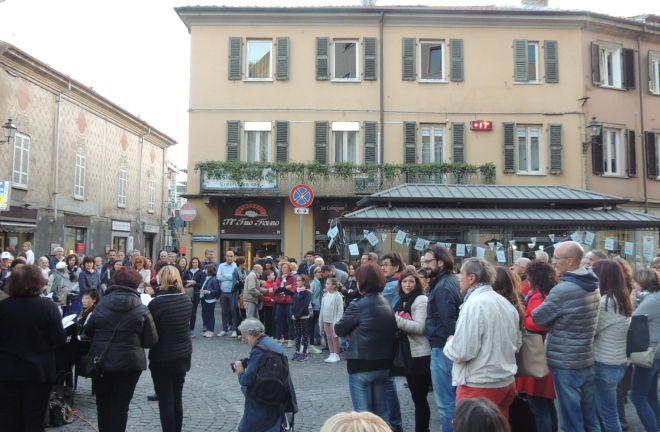Musica e cibo hanno richiamato tantissima gente a Tortona. Le immagini