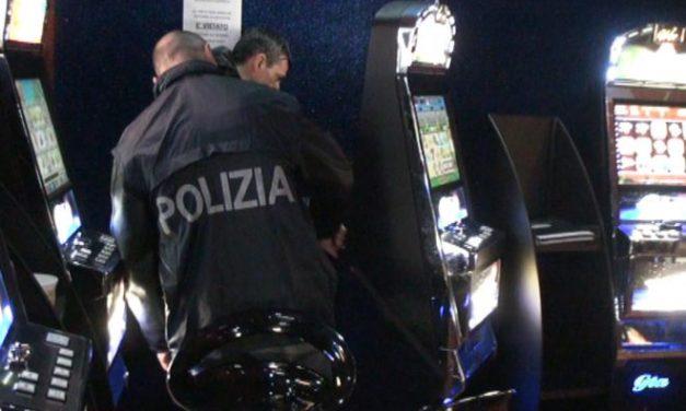 La Polizia di Alessandria controlla le Sale Gioco e chiude un bar in via Padova