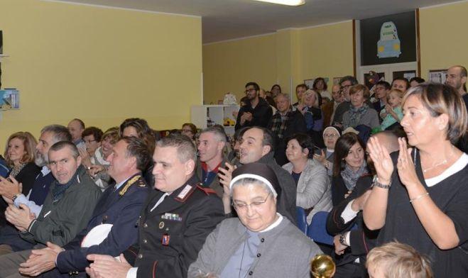 """Centenario alla scuola materna """"Sacro Cuore"""" di Tortona, benedetta una nuova aula"""
