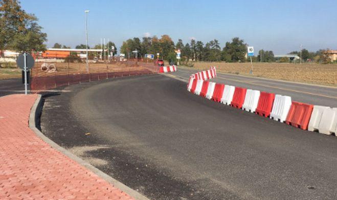 Tortona, sulla statale 211 migliora la circolazione con la rotatoria Savonesa
