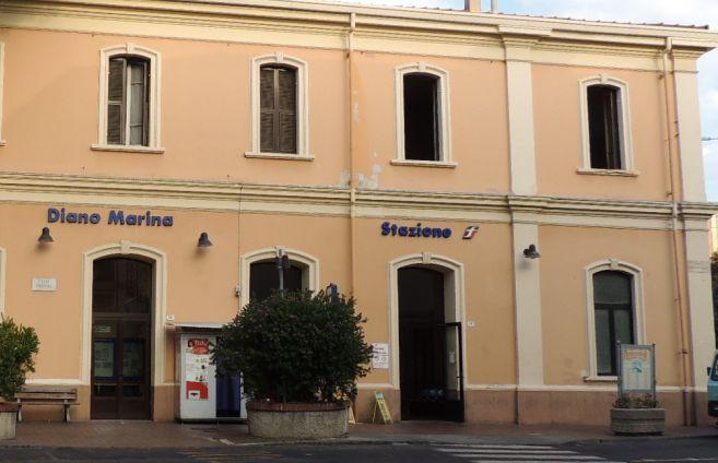 Nuova stazione, Riviera Trasporti afferma di non aver predisposto ancora alcun servizio di collegamento, ma Rfi smorza le polemiche