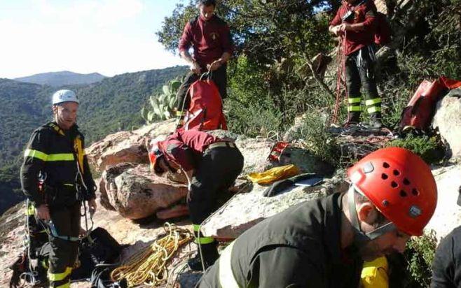 Pensionato di 83 anni scompare alla guida dell'auto, ritrovato morto in un burrone a Ponzone