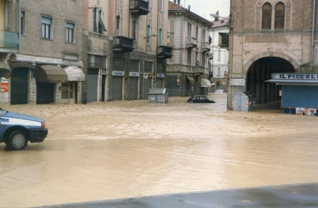 Nel giorno del ricordo dell'alluvione del '94 di Alessandria, Erica devolve alla Caritas italiana i proventi del mondiale di Plogging