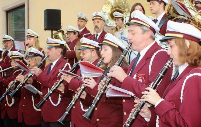 Sabato e domenica si esibisce gratis la banda musicale di Diano Marina nata 163 anni fa