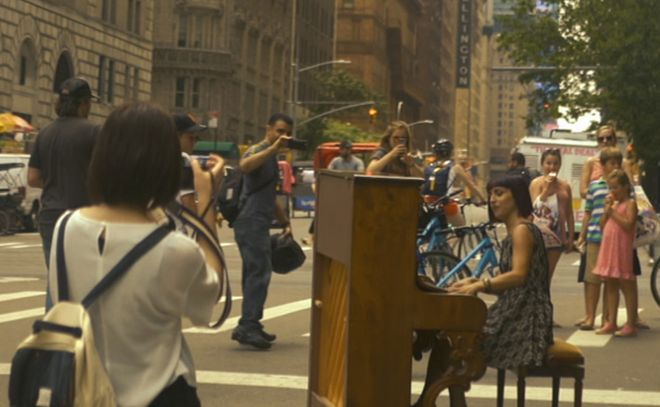 """La Tortonese Nicoletta Filella sbarca a New York con il suo nuovo videoclip """"Verso"""""""