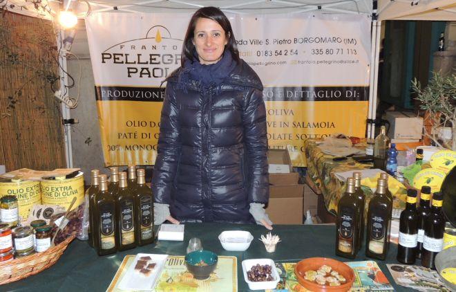 Olio nuovo di alta qualità al Frantoio Pellegrino Paolo di Borgomaro