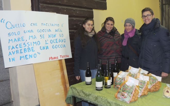 A Tortona i giovani dl San Matteo hanno raccolto quasi mille euro per i poveri e i terremotati