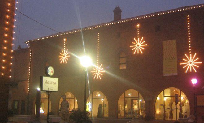 Simecom: Nel week end accendiamo le luminarie a Tortona e saremo sponsor anche il prossimo anno