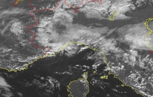 Torna il maltempo sulla Liguria, previste piogge diffuse e temporali