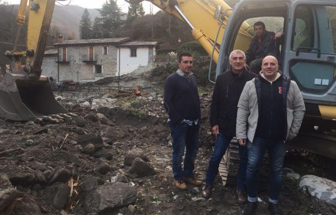 L'assessore regionale Gianni Berrino fa un sopralluogo nell'entroterra sanremese per fare il punto sui lavori