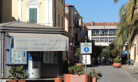 Il Comune di Diano Marina riapre lo Iat per 4 mesi dandolo in gestione a GM per 42 mila euro