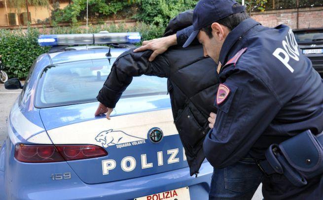 Due stranieri arrestati dalla questura di alessandria for Questura alessandria permesso di soggiorno