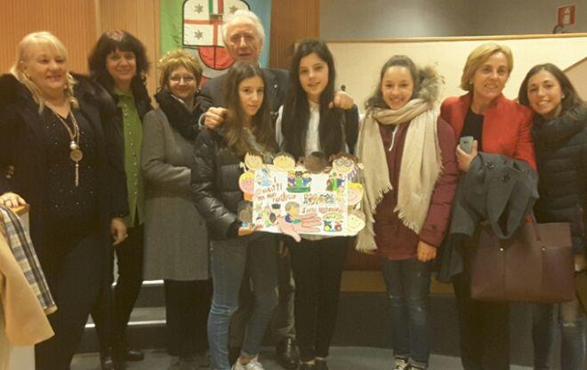 Il sindaco del Consiglio comunale dei ragazzi di Imperia a Genova per l'Unicef