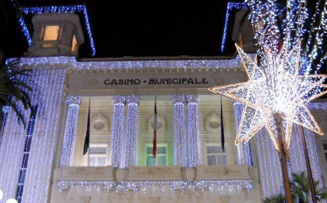 Da giovedì al via i concerti davanti al Casinò di Sanremo