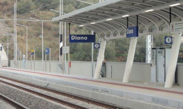 Sotto il sole cocente, a 37 gradi, a piedi alla stazione di Diano….