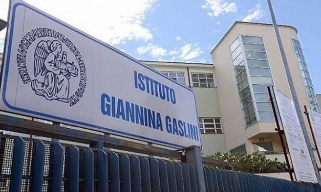 """A Riva Ligure una bambina cade dal muretto sul Lungomare, è grave al """"Gaslini"""" di Genova"""