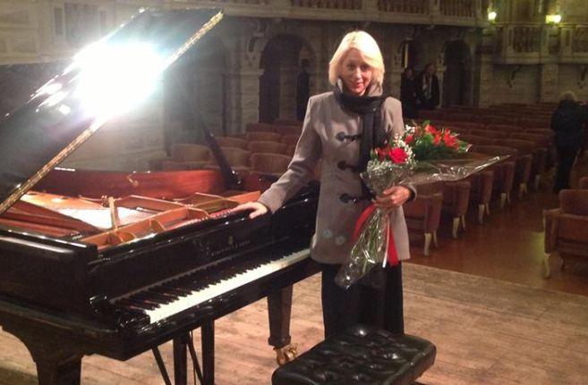 Domenica a Tortona Perosi e Schumann con il pianoforte di Sabrina Lanzi e la Monferrato classic orchestra