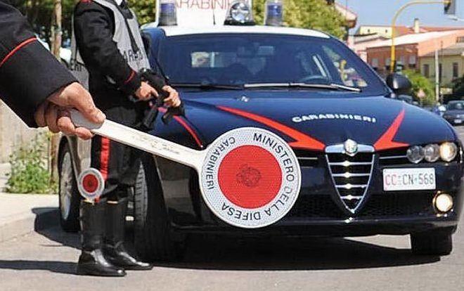 Auto sospetta ad Ovada, intervengono i carabinieri e…..
