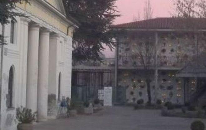 Luci votive al cimitero di Tortona, si può pagare dal 18 febbraio
