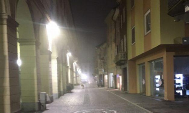 Un tortonese protesta: perché illuminazione nuova solo in centro? Stiamo però parlando di un progetto finanziato dallo Stato