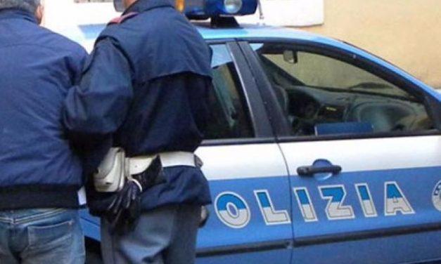 La Polizia arresta un ladro che rubava nelle chiese di Sanremo