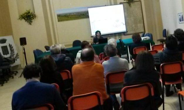"""Cinzia Rescia dell'Associazione Culturale Viguzzolese ha presentato """"A tavola con arte e scienza"""""""