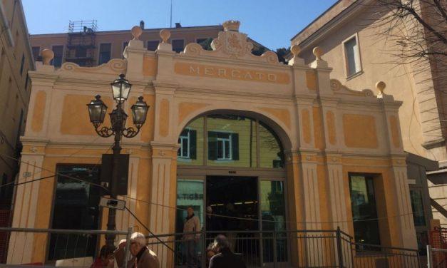 Nel week end a Imperia c'è il mercatino di Natale in via Cascione