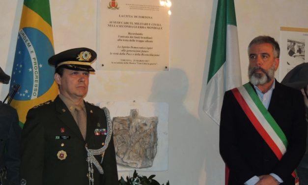 Una lapide con tanto di cerimonia militare a palazzo Guidobono per ricordare la Liberazione con l'ingresso delle truppe brasiliane a Tortona