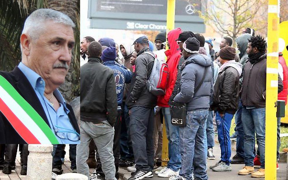 """Il Sindaco Chiappori dopo l'incontro a Serreta: """"L' 80% degli abitanti di Diano Marina non vuole i migranti."""" No ad accordi col Prefetto"""