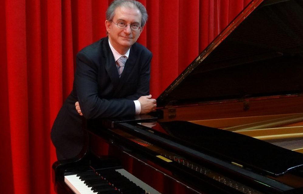 Lunedì alle Cantine di Casa Sterpi a Gavazzana il concerto del pianista Glauco Ciabatti