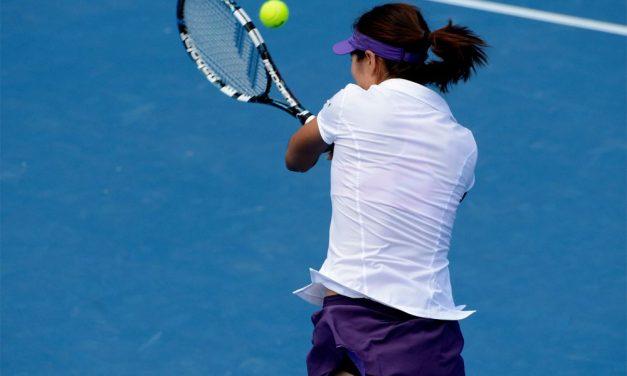 A Imperia un torneo di tennis per raccogliere fondi per le famiglie italiane disagiate che vivono in città. Iscrivetevi entro oggi