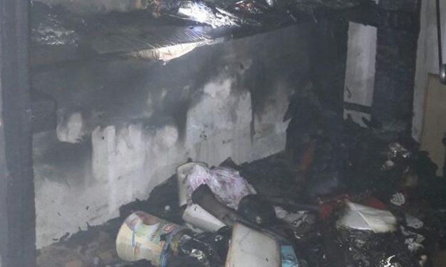 Incendio in un'abitazione a Cassano Spinola, ustionato un pensionato che ha cercato di domare le fiamme/Le immagini