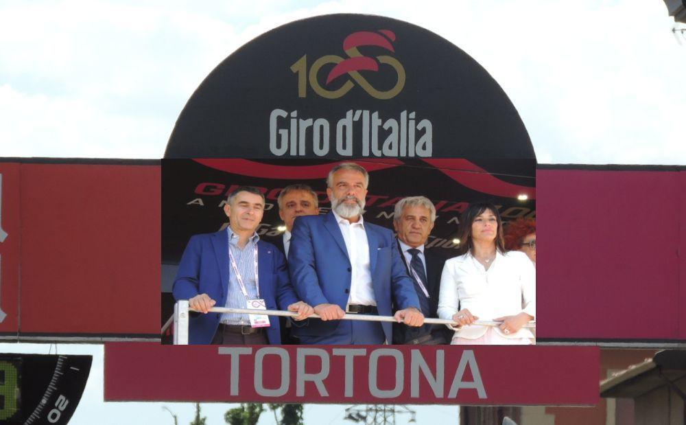 Fotocronaca dell'arrivo a Tortona della 13esima tappa del Centesimo Giro d'Italia