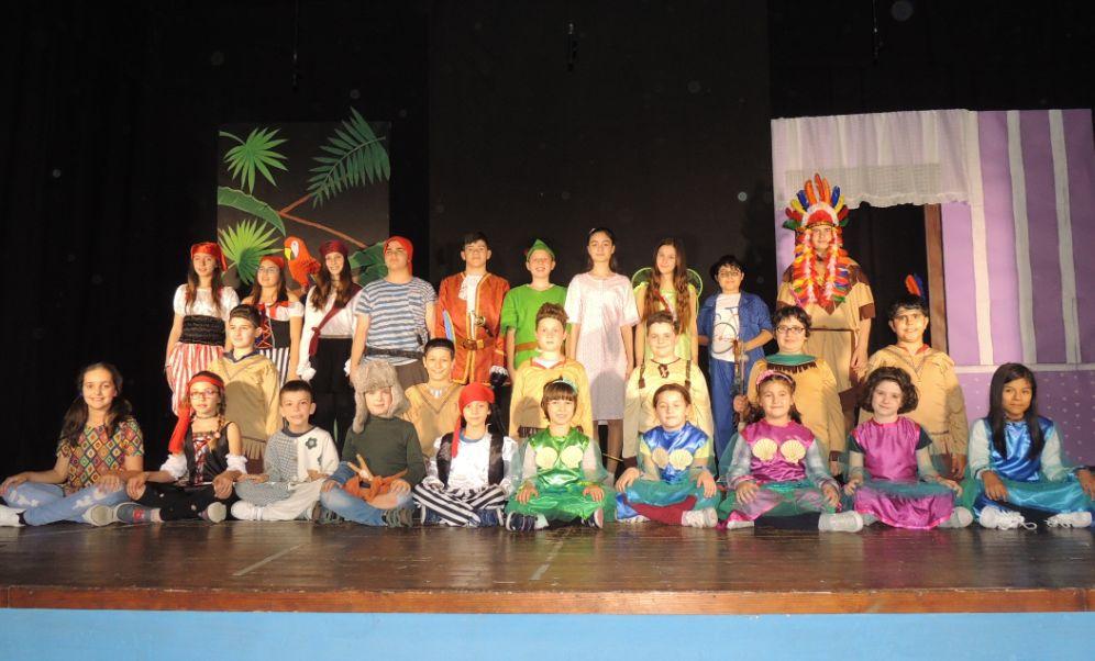 Sabato a Pozzolo Formigaro i bambini mettono inscena Peter Pan