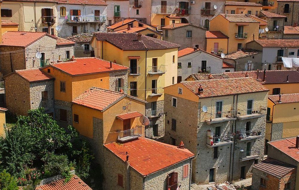 Ripresa del mercato immobiliare in Piemonte: meglio comprare o affittare casa?