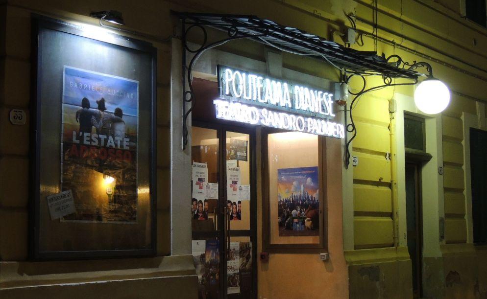 Riapre stasera, venerdì 23 giugno, dopo i lavori il Politeama Dianese, l'unico cinema del Golfo aperto tutto l'anno
