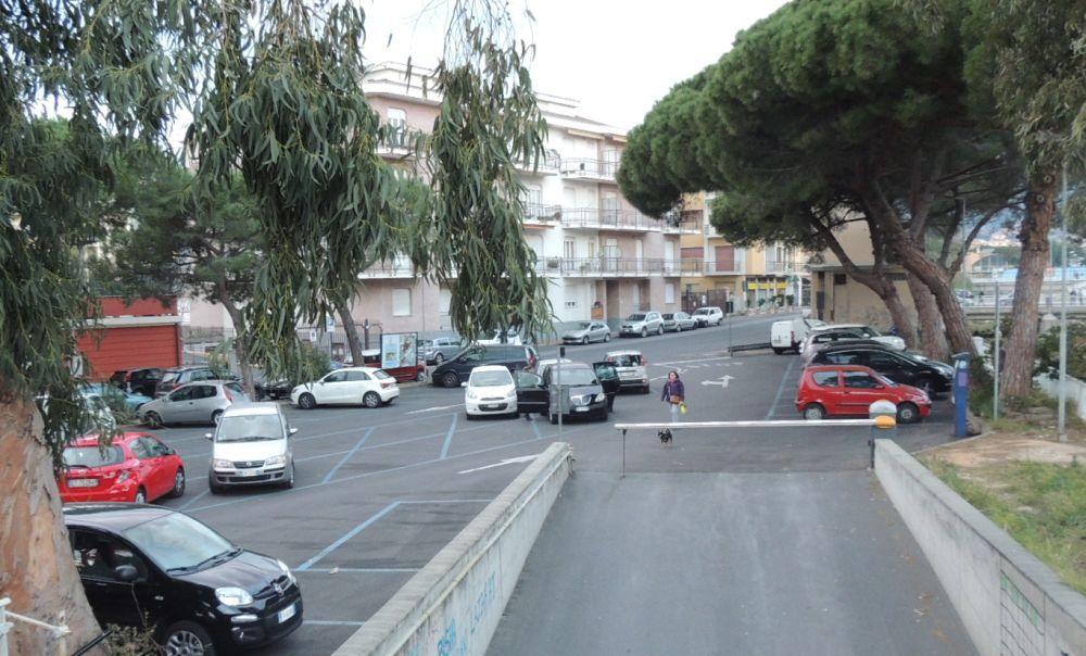 Mercoledì e Giovedì stop al parcheggio in mezza Diano Marina perché GM rifà le strisce blu. Ecco le strade dove non si potrà sostare