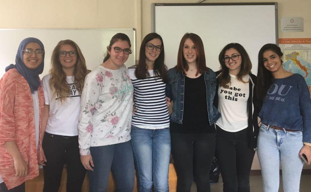 """Tortona, tanti studenti del """"Marconi"""" premiati al concorso """"Diventiamo cittadini europei"""""""