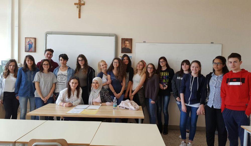"""Gli studenti tortonesi del """"Marconi"""" a Fossano per il summit sulla stampa studentesca"""