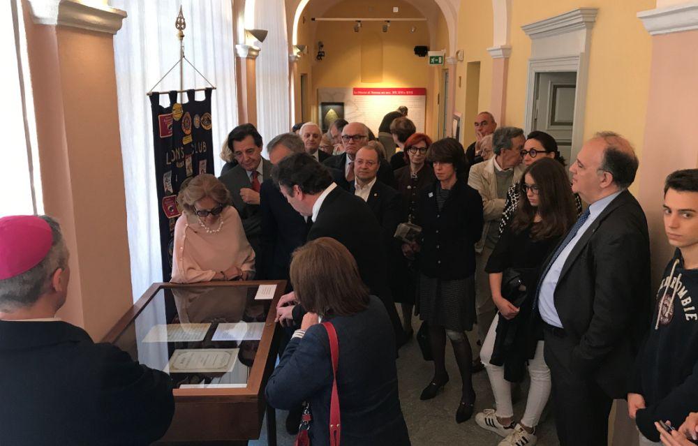 """A Tortona inaugurata la mostra """"Manoscritti inediti e cimeli perosiani"""" che rimarrà aperta fino la 18 giugno."""