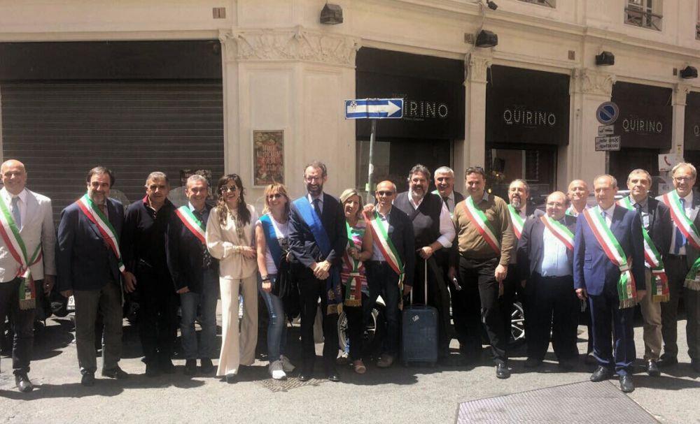 Il neo consigliere provinciale Giacomo Chiappori a Roma con altri amministratori per la protesta delle province
