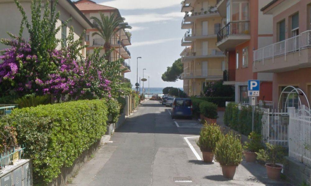 Da domenica via Sardegna a San Bartolomeno è diventata a pagamento e per parcheggiare adesso si paga