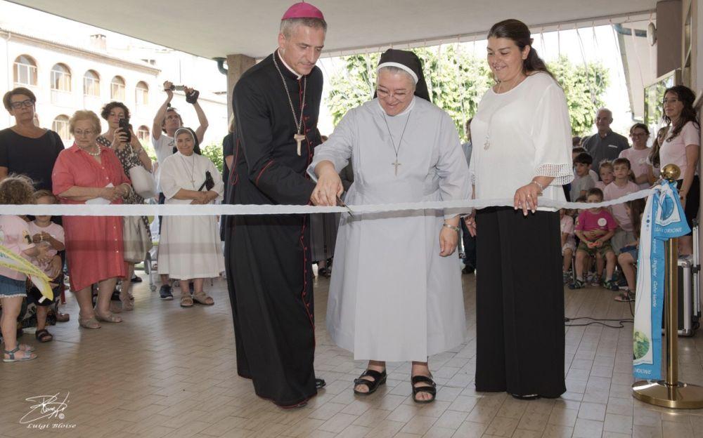 """A Tortona festeggiati i 100 anni della scuola Materna """"Sacro Cuore"""" /Le immagini più suggestive"""