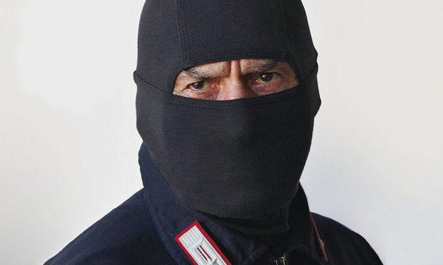 A San Salvatore venerdì arriva il Comandante Alfa, eroe senza volto protagonista delle più eclatanti operazioni di giustizia